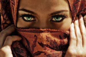 Burka_Eyes