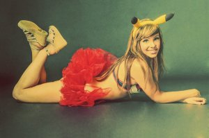 pin_up_pikachu_by_carleecat-d5kyfu2
